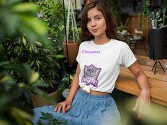 La femme t-shirt, french slogan shirt, a femme stylish fashion tee T Shirt Designs, Crop Top Blanc, Bushido, Hip Hop, Shirt Mockup, Beach Wear, Coton Biologique, Boyfriend Tee, Unisex