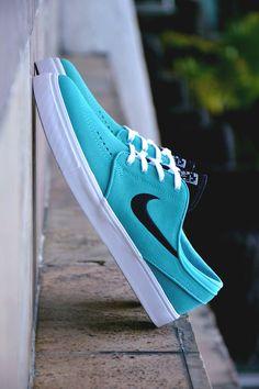 Mint Janoski Nike SB #nike #skateboarding #sneakers