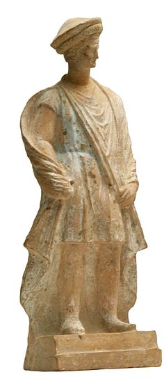 Greek #millinery 3rd century BC terracotta statue from #Athens depicting ancient norhtern Greek #macedonians wearing the kausia.