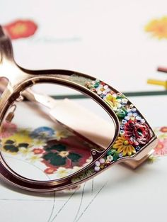 Flower mosaic sunglasses