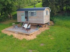mobile Granny pods Blackdown Shepherd Huts Gallery _ Shepherd_s Huts Photos Blackdown Shepherd Huts, Shepherds Hut, Small Tiny House, Tiny House Plans, Tiny Mobile House, Canopy And Stars, Elderly Home, Cabin Kits, Unusual Homes