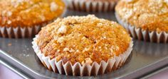 Špaldové muffiny s banánem a chia semínky Cupcakes, Healthy Recipes, Breakfast, Slim, Diet, Morning Coffee, Cupcake Cakes, Healthy Eating Recipes, Healthy Food Recipes