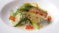 #WeddingFood こだわりのメニュー「真鯛のポアレ 海苔のリゾット イクラ添え 白ワインソース」