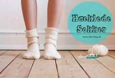 Hæklede sokker - lyder det ikke lækkert? Det er muligvis en af de vigtigste ingredienser i rigtig hygge. Her er en simpel opskrift på lækre uld sokker.