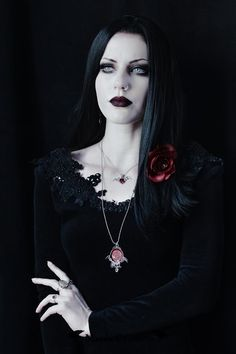 Model, styling, photo Magda Corvinus Welcome to Gothic and Amazing |www.gothicandamazing.com