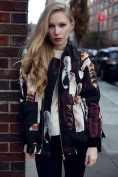 (via Carin Wester bomber jacket   Fashion Squad)