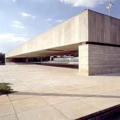 The Brazilian Museum of Sculpture in São Paulo, Brazil, designed by Paulo Mendes da Rocha, 2006 Pritzker Architecture Prize Laureate.