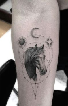 Tattoo Inspiration From L.'s Most Popular Artist - Ink - Tattoo-Ideen Shoe Tattoos, Body Art Tattoos, Sleeve Tattoos, Cover Up Tattoos, Mini Tattoos, Small Tattoos, Horse Tattoo Design, Tattoo Designs, Tattoo Horse