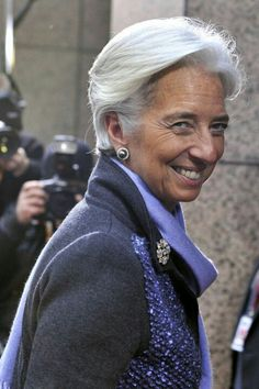 Christine Lagarde, grey coat with unexpected periwinkle sequin trim, periwinkle cashmere scarf, diamond brooch set in platinum or white gold, post earrings. Beautiful Women Over 50, Amazing Women, Lagarde Christine, Boho Fashion, Fashion Outfits, Womens Fashion, Fashion Boots, Fashion Spring, Fashion Styles