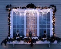 Decoración con luces navideñas.