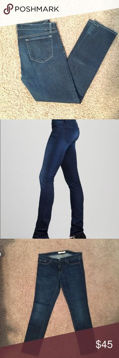 J Brand 910 Skinny Jeans 98% cotton 2% spandex skinny jeans from J Brand. Great shape - no visible wear. J Brand Jeans Skinny