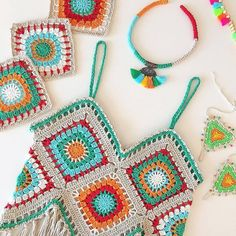 "The location where building and construction meets style, beaded crochet is the act of using beads to decorate crocheted products. ""Crochet"" is derived fro Crochets En Crochet, Pull Crochet, Gilet Crochet, Mode Crochet, Crochet Jacket, Crochet Fringe, Crochet Style, Crochet Shawl, White Crochet Top"