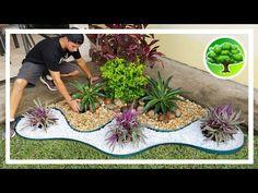 💚 DIY - DECORAÇÃO DE JARDIM 12 / JARDIM COM PEDRAS / SOL PLENO - YouTube Garden Yard Ideas, Diy Garden Projects, Garden Crafts, Diy Garden Decor, Garden Art, Garden Design, Landscaping With Rocks, Backyard Landscaping, Small Gardens