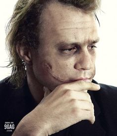 My favorite new photo of Heath Ledger. This is the first time I've seen him pre-makeup, not counting his blurry, two-second scene in a cop's uniform in the movie. Really cool. Makes me sad and makes me miss him all over again.