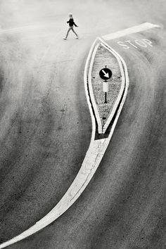 Stop, photography by Pietrino Di Sebastiano