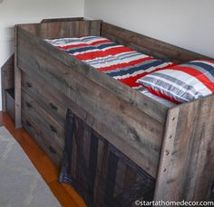 Little Boy Bed and Color Scheme