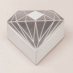 Diamond Shaped Wedding Favor Box -  Choose from Metallic Silver or Metallic Gold and make your party, wedding, anniversary or event sparkle like diamonds with these diamond shaped wedding/party favor boxes.
