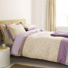 Katami Lilac bedding design produced by Bedeck and was launched at Habitat