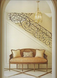 in LOOOVE with the wrought iron detailing on the staircase!!!!