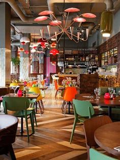 18 Fresh & Simple Restaurant Interiors - B/I/D