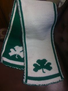 Shamrock Scarf - Knitting Pattern