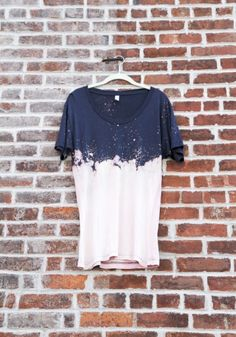 Cloudy Bleached Tee by Izzy | Project | Sewing | Dyeing / Dresses | Kollabora