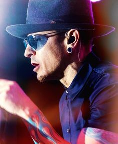 Chester Bennington, Charles Bennington, Missing You Brother, Blind Love, Linkin Park Chester, Rest In Peace, Beautiful Soul, The Voice, Laughter