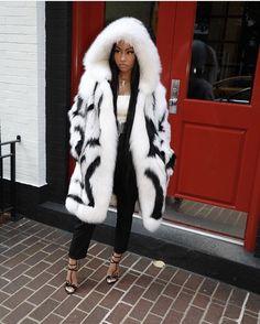 negrohnose: serving cruella de vil looks Winter Fashion Outfits, Fur Fashion, Fall Winter Outfits, Fashion Killa, Autumn Winter Fashion, Womens Fashion, Drake Fashion, Ootd Fashion, Swag Outfits