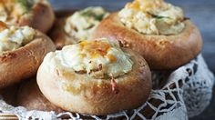 "Russian Monday: ""Shaneshky"" - Baked Potato Buns with Sour Cream & Cheese at Cooking Melangery Tasty Pastry, Russian Recipes, Dry Yeast, Sour Cream, Baked Potato, Potatoes, Baking, Breakfast, Ethnic Recipes"