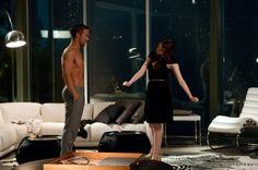 Still of Ryan Gosling and Emma Stone in Loco y estúpido amor