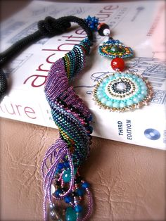 micromacrame and beadweaving - spiral necklace
