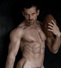 Sexy balls naked men