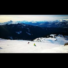 """Stunning views on the #PeakToCreek; our favourite run on @whistlerblackcomb... What's yours?! #whistler #nitalakelodge #whistlercreekside #skiing…"""