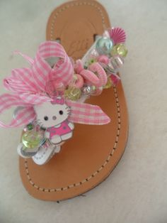 white pink sandal with hello kitty by ellishoes.blogspot.com