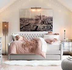 Bedroom Daybed Ideas, Daybed Bedroom, Daybed Ideas For Teens, Daybed For Teens, Daybed Decorating Ideas, Comforter, Daybed In Office, Daybed For Guest Room