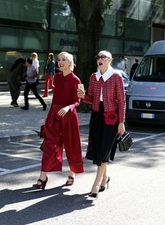 Spotted: A poppy worn on the hip during Milan Fashion Week. (Photo: Lee Oliveira for The New York Times)