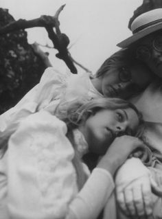 """Director Peter Weir's haunting (and open-ended) """"Picnic At Hanging Rock"""" (1975)"""
