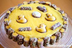 Bager du Kristines kage til påske, så er der garanti for succes Baking Recipes, Cake Recipes, Dessert Recipes, Desserts, Norwegian Food, Recipes From Heaven, Easter Treats, Food Cakes, Easter Recipes