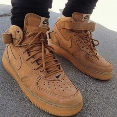 3c7533607fe63 Nike Air Force 1 Flax