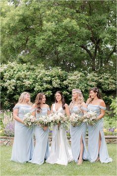 bride and bridesmaids photo at Crossed Keys Estate | Summer wedding at Crossed Keys Estate in Andover NJ photographed by New Jersey wedding photographer Idalia Photography. Planning an elegant summer wedding? Find more inspiration here! #IdaliaPhotography #CrossedKeysEstate #SummerWedding Brides And Bridesmaids, Bridesmaid Dresses, Wedding Dresses, Wedding Gallery, Wedding Photos, Nj Wedding Venues, Bridesmaid Getting Ready, Pnina Tornai, Bridal Parties