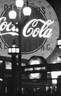 William Klein, Piccadilly, London (Coca Cola), ca. A Level Photography, Street Photography, William Klein, Bedroom Wall Collage, Gelatin Silver Print, Photo Journal, Old Ads, Coca Cola, Documentaries