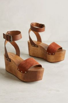 Kelsi Dagger Willow Wedges #anthrofave