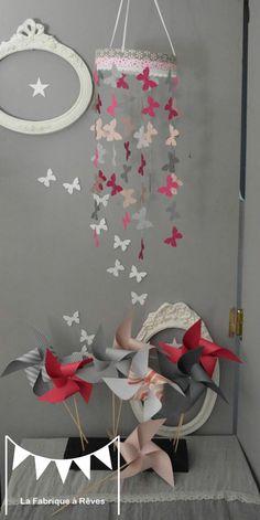 mobile papillon rose podré gris rose fuchsia décoration chambre enfant bébé fille décoration mixte mariage baptême communion anniversaire 2