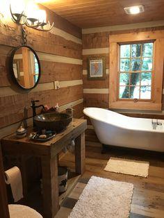 with handmade vanity & claw foot tub Log Cabin Bathrooms, Rustic Bathrooms, Small Cabin Bathroom, Rustic Cabin Bathroom, Cabin Homes, Log Homes, Clawfoot Tub Bathroom, Bathtub, Log Home Interiors