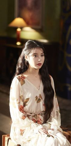 IU Hotel DelLuna Wallpapers & LockScreen People prefer different filters. Iu Twitter, Luna Fashion, Girls Dresses, Flower Girl Dresses, Kpop Couples, Elegant Outfit, Korean Beauty, Pretty Hairstyles, Beautiful Actresses