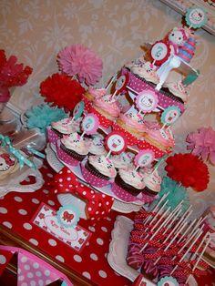 insta Hello Kitty party!