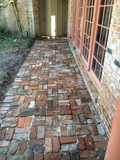 backyard designs – Gardening Ideas, Tips & Techniques Brick Pathway, Brick Paving, Brick Garden, Garden Paving, Garden Paths, Backyard Walkway, Outdoor Walkway, Backyard Landscaping, Brick Patterns Patio