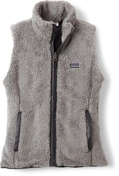 A great way to beat the post-workout chill—Women's Patagonia Los Lobos Vest.