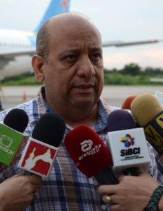 Dr. Raúl Falcón presidente de Insalud