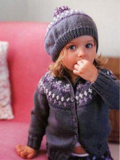 Girls Winter Moxie Girls Lilac Winter Beanie Hat Fingerless Mitts Scarf Age 8-12 Years
